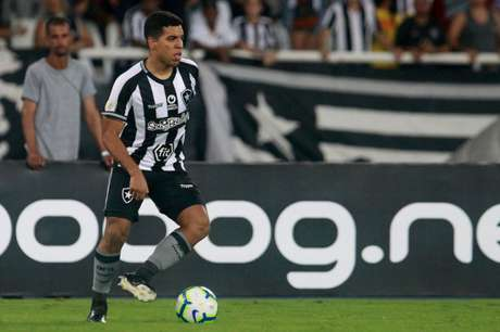 Yuri foi formado nas categorias de base do Botafogo (Foto: Vítor Silva/Botafogo)