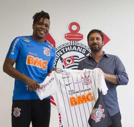 Jogador revelado na Ponte Preta assinou com o Corinthians (Daniel Augusto Jr./Agência Corinthians)