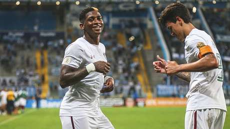 Fluminense derrotou o Grêmio em uma virada histórica (Foto: LUCAS MERÇON / FLUMINENSE F.C.)