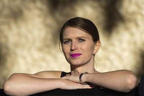 Chelsea Manning deixa prisão nos EUA após dois meses