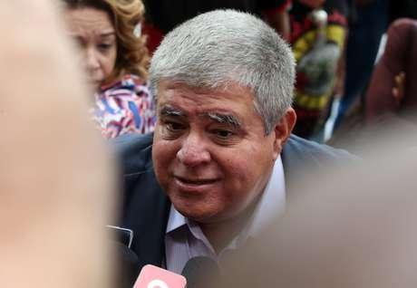 ARQUIVO - O ex-ministro, Carlos Marun, chega a Superintendência da Polícia Federal, no centro do Rio, na manhã desta sexta-feira, 22, para tentar visitar o ex-presidente Michel Temer (MDB), preso na manhã de ontem (21) na operação batizada de Descontaminação.