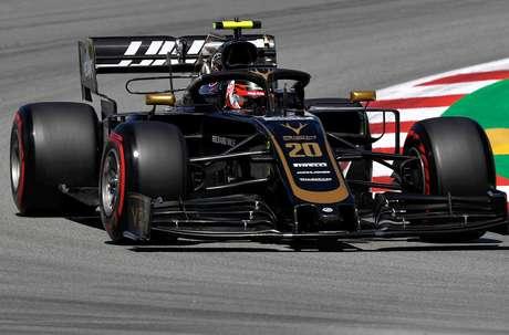 Magnussen espera forte corrida da Haas na Espanha