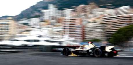Rowland é o mais rápido, mas punição deixa a pole de Mônaco com Vergne