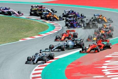 Hamilton larga bem e vence o GP da Espanha; Mercedes faz a 5ª dobradinha em 2019