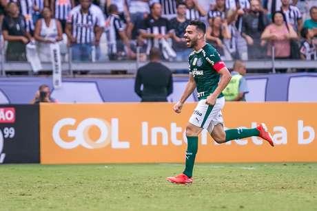 Bruno Henrique, do Palmeiras, comemora após marcar gol na partida contra o Atlético Mineiro, válida pela quarta rodada do Campeonato Brasileiro 2019, no Estádio Mineirão, em Belo Horizonte