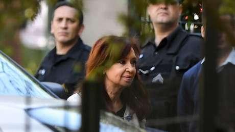 Cristina Kirchner enfrenta processos na Justiça