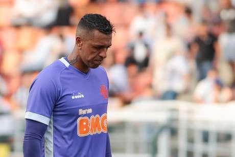 O goleiro do Vasco, Sidão, no jogo contra o Santos no Pacaembu