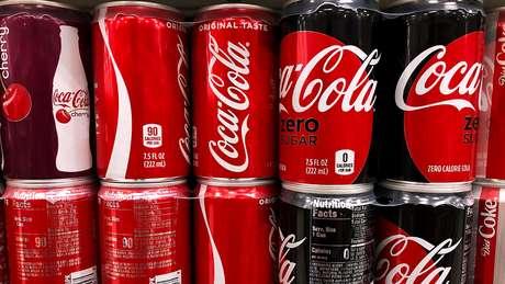 No ano passado, a Coca-Cola aumentou seus preços nos EUA em reação ao aumento de tarifas de importação