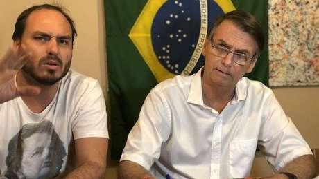 Carlos se licenciou na Câmara Municipal do Rio de Janeiro para se dedicar à campanha do pai à Presidência