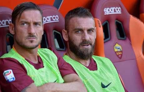 Totti e De Rossi são recordistas na Roma (Foto: Filippo Monteforte / AFP)