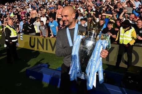 Guardiola é o atual campeão da Premier League (Foto: AFP)