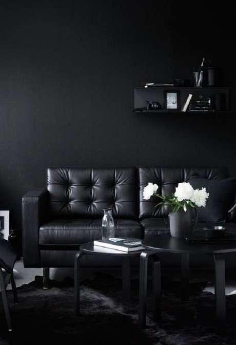 51. Elegância e sofisticação ao se utilizar preto na decoração. Fonte: Pinterest