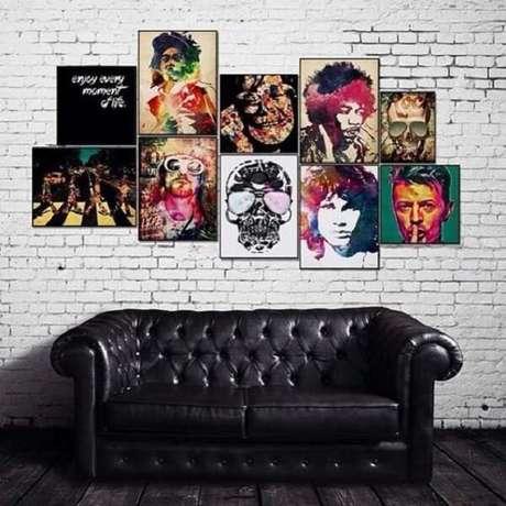 21. O sofá de couro preto faz toda a diferença na decoração vintage. Fonte: Pinterest