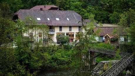O hotel fica em uma área de trilhas muito popular, perto de Passau, na Baviera