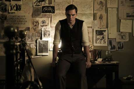 O jovem Tolkien vivido por Nicholas Hoult (Foto: Reprodução / Fox Searchlight)