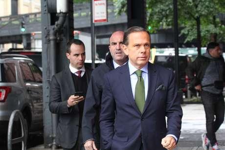 O governador de São Paulo, João Doria, fala com a imprensa após visita ao FBI - Joint Terrorism Task Force, em Nova York, nos Estados Unidos, na segunda-feira, 13