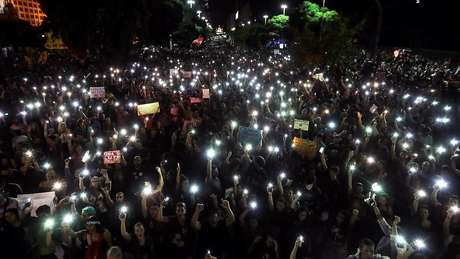 Manifestantes no Rio de Janeiro; ex-ministro entrevistado pela BBC News Brasil demonstra misto de entusiasmo e frustração com protestos desta quarta-feira