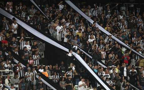 Torcedores podem acompanhar a delegação ao Paraguai (Foto: Vítor Silva/SSPress/Botafogo)