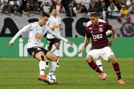 Flamengo venceu o Corinthians na noite desta quarta-feira (Rodrigo Gazzanel/RM SPORTS IMAGES/Lancepress!)