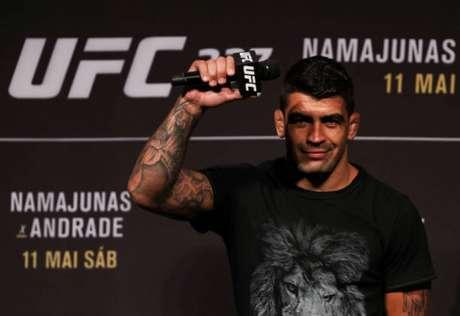 Elizeu Capoeira vem de sete vitórias consecutivas no UFC e espera lutar novamente em breve (Foto: Getty Images)