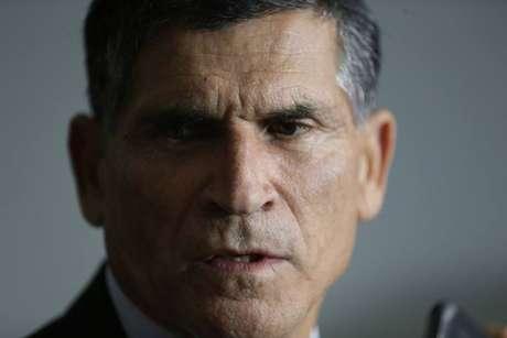 Oministro-chefe da Secretaria de Governo, o general Santos Cruz; militar da reserva ganha poder no governo Bolsonaro