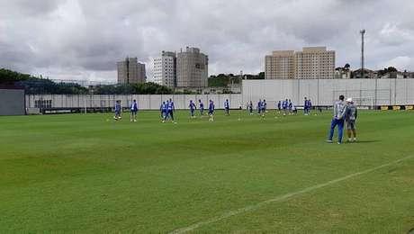Santos treina no CT do Corinthians antes de enfrentar o Palmeiras