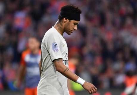 Suspenso por três jogos após agressão em torcedor, Neymar permanecerá com o PSG (Foto: Pascal GUYOT / AFP)