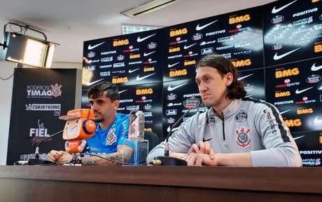 Defensores do Corinthians deram entrevista coletiva no CT Joaquim Grava (Foto: Divulgação/Twitter)