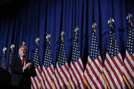 Donald Trump discursa para associação de corretores de imóveis em Washington