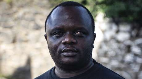 Ilot Alphonse diz que a causa da violência sexual está relacionada ao poder que os homens congoleses sempre quiseram manter em relação às mulheres