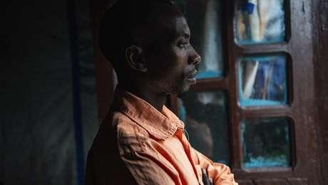 Moises Bagwiza diz que acreditava que a esposa era propriedade dele