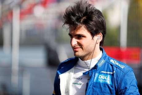 """Motor da Ferrari """"ainda um bom passo à frente"""" de outros motores, considera Sainz"""