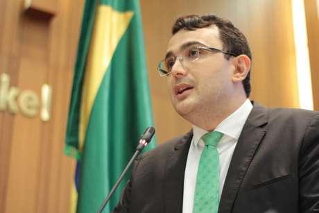 Dr. Yglésio (PDT-MA)