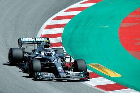 Bottas considera que consistência será crucial contra Hamilton