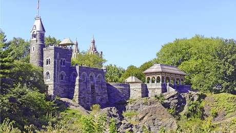 Em certas partes do Central Park, o xisto chega à superfície, como no Castelo Belvedere