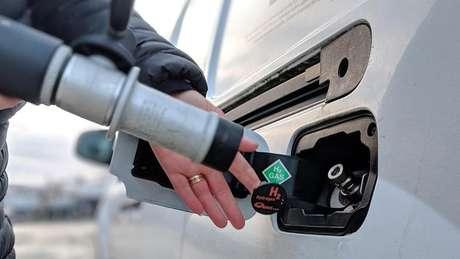 As Ilhas Orkney têm cinco caminhonetes movidas a hidrogênio, combustível que não emite gases de efeito estufa nem poluição