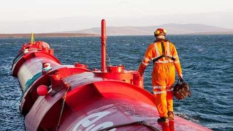Orkney obtém energia limpa de fontes como vento, marés e ondas