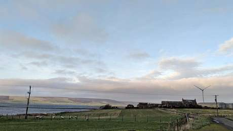 As Ilhas Orkney produzem mais energia limpa do que seus moradores podem usar