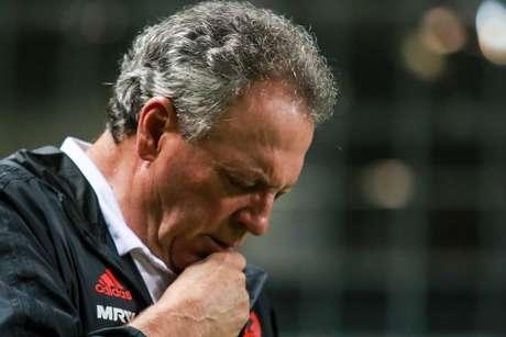 Abel Braga, treinador do Flamengo, durante partida contra o Atlético-MG, pela 5ª rodada do Campeonato Brasileiro 2019, realizada na Arena Independência, em Belo Horizonte (MG)