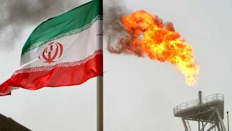 Os EUA têm endurecido as sanções às exportações iranianas, incluindo petróleo