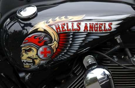 Moto Harley Davidson com pintura dos Hell Angels  12/10/2016 REUTERS/Kai Pfaffenbach