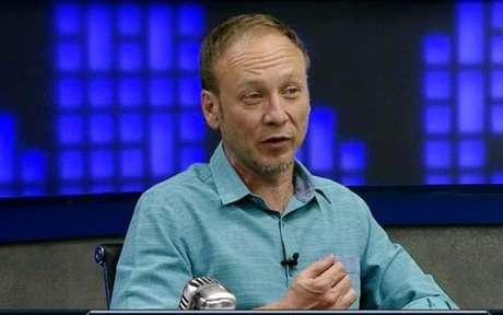 Flávio Gomes deu opinião durante o 'Fox Sport Rádio' (Foto: Reprodução)