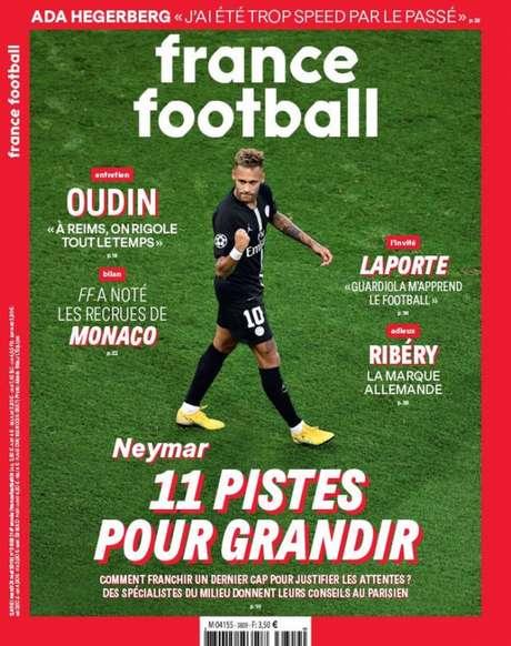 Capa da revista 'France Footaball' com a foto de Neymar e a manchete '11 dicas para crescer' (Reprodução)