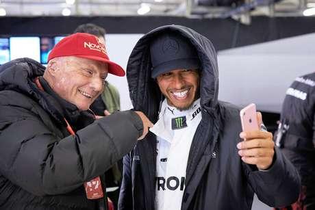 Estrelas da Fórmula 1 prestam homenagens a Niki Lauda
