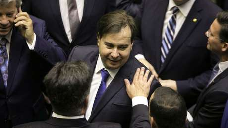Líderes do centrão fizeram um acordo com o presidente da Câmara, Rodrigo Maia (DEM-RJ), para votar MP 870