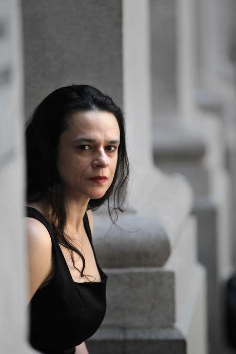 Janaina Paschoal no pátio da Faculdade de Direito do Largo São Francisco