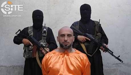 Alessandro Sandrini aparece em vídeo divulgado por seus sequestradores em 2018