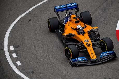 Sainz se prepara para o pior após problemas de motor no TL1