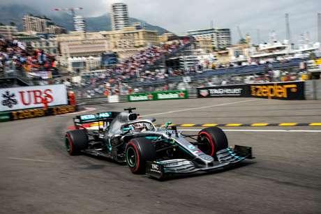 """Mercedes admite que o aquecimento dos pneus é uma """"preocupação"""" para o GP de Mônaco"""