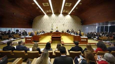 Negociação entre parlamentares foi catalisada em reação à possivel resultado de julgamento no STF sobre homofobia